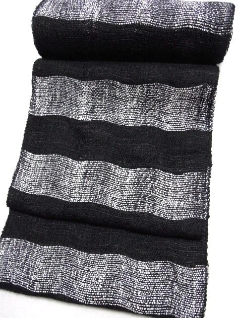 単衣の織着物には一番よいでしょう。