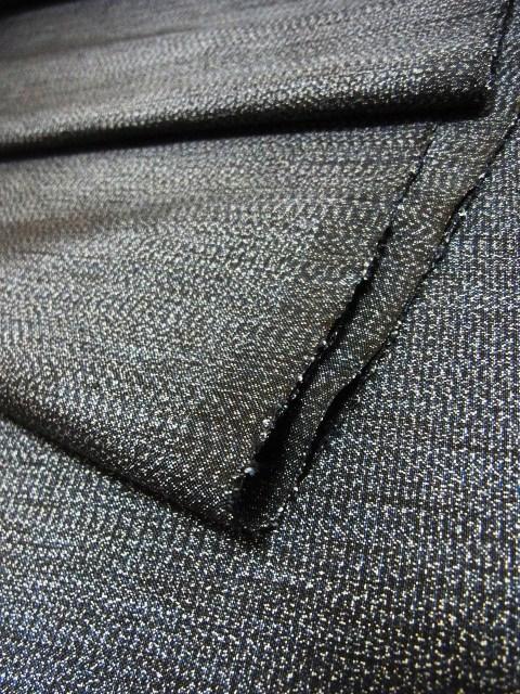 絹糸も綿糸も、100%正藍、山藍染です。